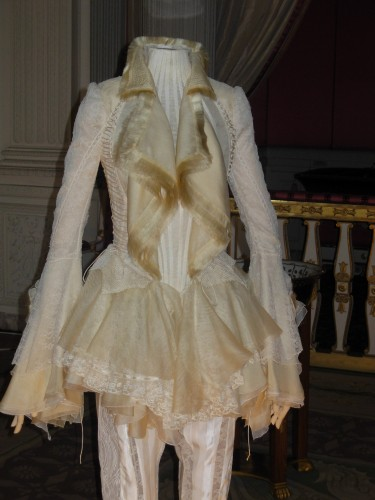 exposition,mode,chateau,versailles,robe,luxe,haute-couture,musee