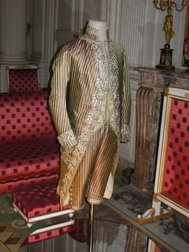 exposition,versailles,mode,couture,haute-couture,robe,createur,chateau,couturiers,costumes,musee