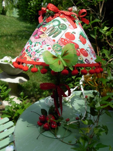 atelier,creation,lampe,collage,couture,bricolage,jardin,decoration,recuperation